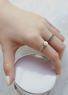 Image of Anelli d'argento in lega perla dettaglio retrò anelli da donna