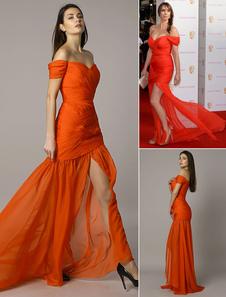 Alex Jones BAFTA rojo el vestido de sirena gasa hombro Split acanalado