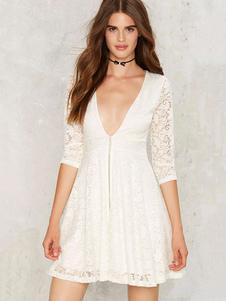 Image of Bianco gettando scollatura illusione mezza manica Zipper pizzo abito femminile vestito a pieghe pieghe