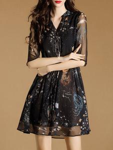 Image of Skater nero Abito Chiffon V Neck mezze maniche stampato abito corto per le donne