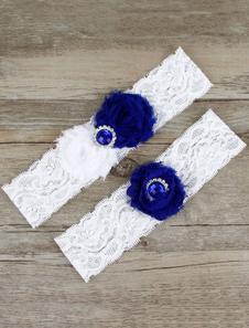 white-bridal-garter-rhinestones-flowers-detail-wedding-accessories