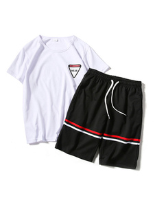Image of Abbigliamento sportivo vestibilità Classico set con stampe con s