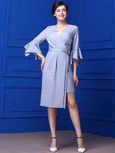 Image of Abito attillato blu chiaro Broccato con scollo a V maniche larghe mezze maniche a strisce cintura donna