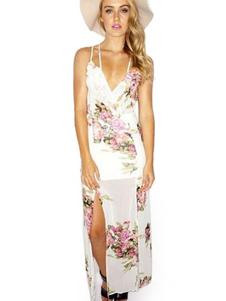 Image of Vestito lungo in chiffon bianco smanicato lacci sottili con spalline sottili stampa floreale a strati multistrato