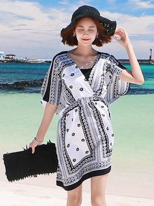 Image of Abito plissettato bianco medio cotone misto mezze maniche con scollo a V abbigliamento giornaliero con stampe donna