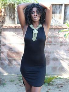 Image of Abito attillato nero Cotone misto con scollo tondo smanicato monocolore spacco frontale donna