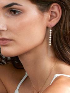 Image of Orecchini di moda bucato in lega d'acciaio con decori in metallo intorno orecchini pendenti