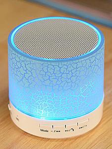 Image of Altoparlante intelligente Portatile di legno blu