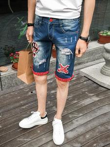 Image of Pantaloncini corti strappati da uomo in denim blu con pantalonci