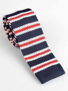 Image of Cravatta per uomo a quadri rossa con collo a cravatta a righe