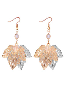 Image of Orecchini con foglie d'acero Orecchini pendenti con perle