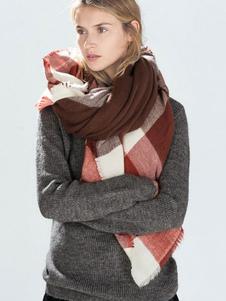 Image of Sciarpa coperta a quadri Donna con frangia Sciarpa a maglia inve