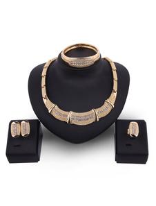Image of Set di gioielli in oro con diamanti Set di orecchini in oro con
