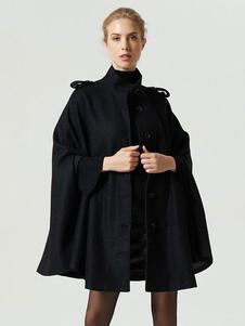 Image of Cappotto con poncho nero Cappotto oversize con collo alto a mani