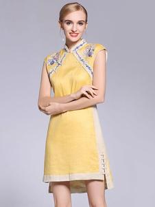 Image of Abiti Qipao cinesi Cheongsam giallo ricamato una linea corta don