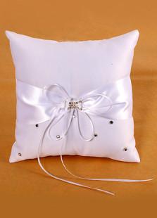 Almohada blanca para anillos de satén con diamante de imitación