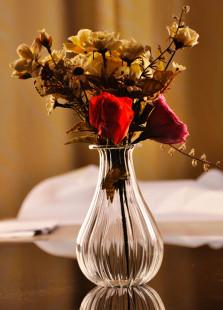 Concise Stripe Transparent Glass Quality Table Vase