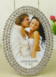 elegant-personalized-silver-rhinestone-wedding-picture-frame