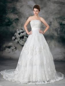 romantic-white-strapless-beading-tulle-wedding-dress-for-bride