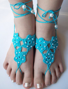 beach-wedding-footwear-pearls-crochet-barefoot-shoe-accessories