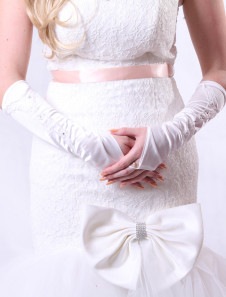 ivory-cute-bridal-wedding-gloves