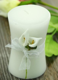 classic-4-piece-white-wax-candle-favors
