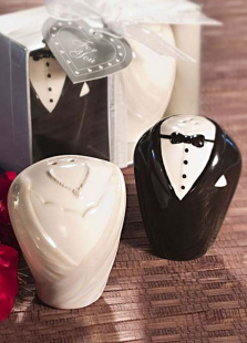 2-piece-bride-groom-pattern-ceramic-pepper-pots-for-wedding