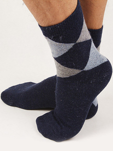 classic-plaid-men-socks