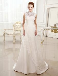 Image of Abbigliamento da sposa avorio chic moderno in raso piegato con s