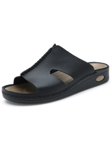 black-cowhide-mens-sandals