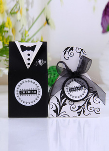 bridegroom-dress-pearl-paper-wedding-favor-bags-set-of-12