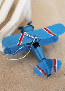 Image of Dono creativo handmade retrò Ironhide aereo