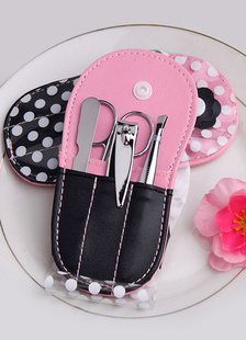 sweet-polka-dot-pink-creative-gifts-manicure-set