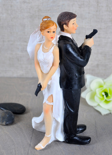 athletic-classic-traditional-figurine-wedding-cake-toppers