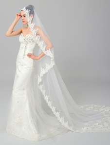 exclusive-ivory-tulle-lace-trim-cathedral-veil-for-wedding-with-flower-appliqued