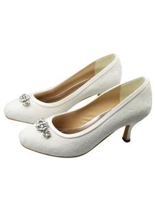 ivory-kitten-heel-round-toe-lace-bridal-shoes