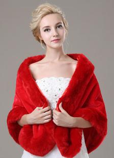 red-faux-fur-wedding-shawl-for-bride
