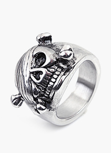 pirate-skull-statement-ring