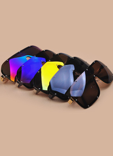 modern-resort-wear-multicolor-men-glasses
