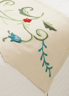 ivory-polyester-embroidered-table-runner