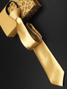 classic-golden-tie