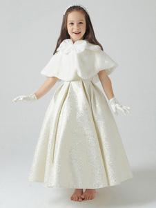 faux-fur-wedding-shawl-for-flower-girl