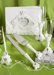 ivory-resin-fairy-tale-carriage-wedding-serving-set-6-in-1
