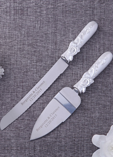 ivory-resin-rose-knife-fort-wedding-serving-set-2-in-1