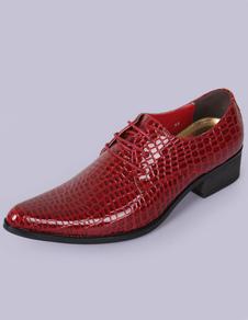 Dedo del pie acentuado rojo serpiente imprime PU zapatos del elevador para los hombres