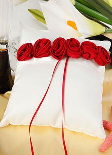 Almohada de novia chic lazos rojos