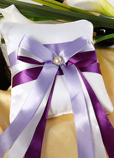 multicolor-beaded-bows-ribbons-satin-wedding-pillow