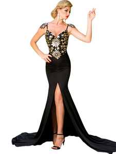 aristocratic-flowery-paillette-accent-evening-gown