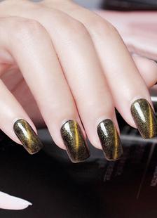 taupe-nail-polish