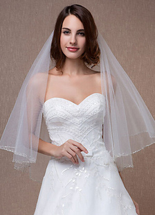 oval-wedding-veils-two-tiered-beading-edge-eblow-veil-with-comb150150cm